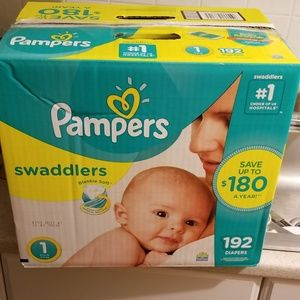 Pampers swaddle 192 count size 1